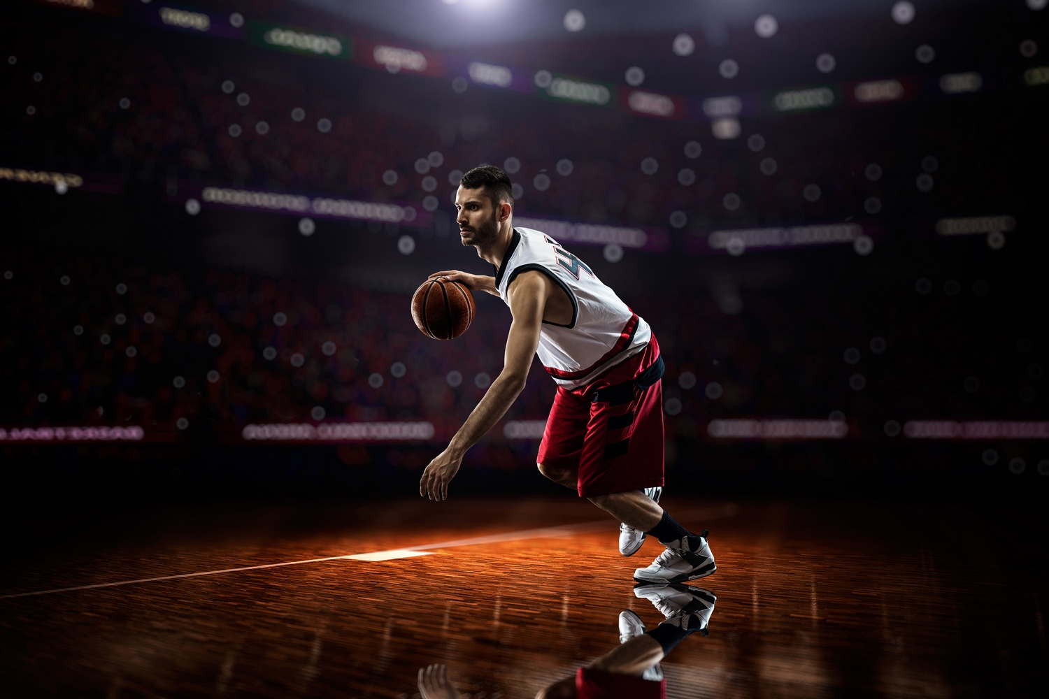 2017_Basketball_player_with_a_ball_playing_on_the_field_119273_